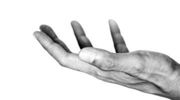 IMATI ILI BITI? – ZABLUDA OSKUDICE I SVIJET USPJEŠNIH PROSJAKA
